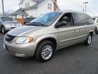 2002 Chrysler Town &amp; Country  12712