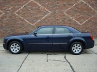 2005 Chrysler 300 Michigan 22736