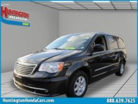 2012 Chrysler Town &amp; Country Queens U32260